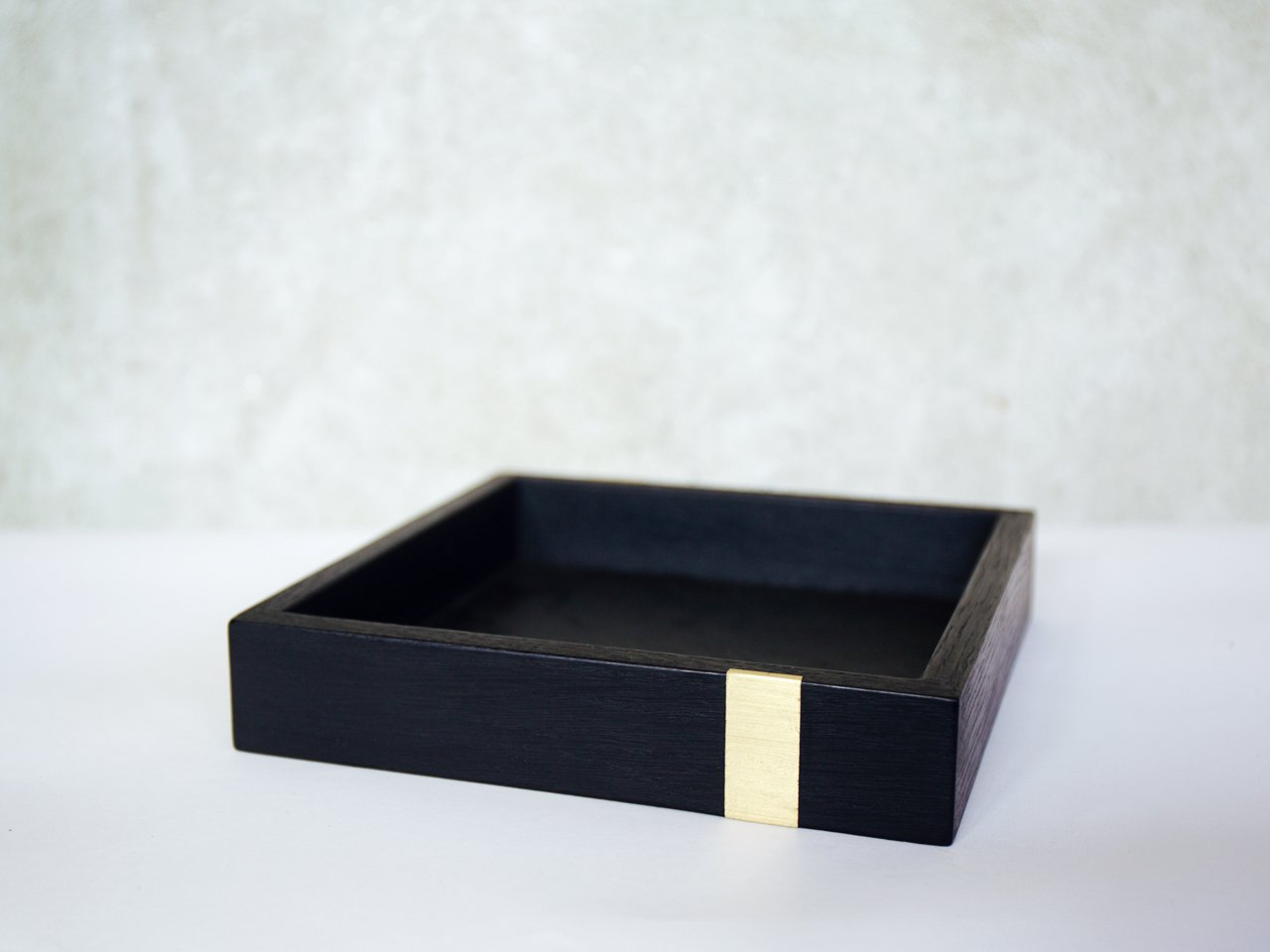 Ebonized Napkin Tray
